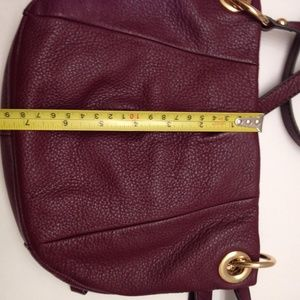 Vince Camuto Bags - VINCE CAMUTO BURGANDY DOUBLE ZIPPER CROSSBODY